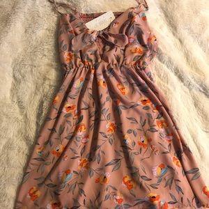 NWT Sienna Sky Peep Front Dress